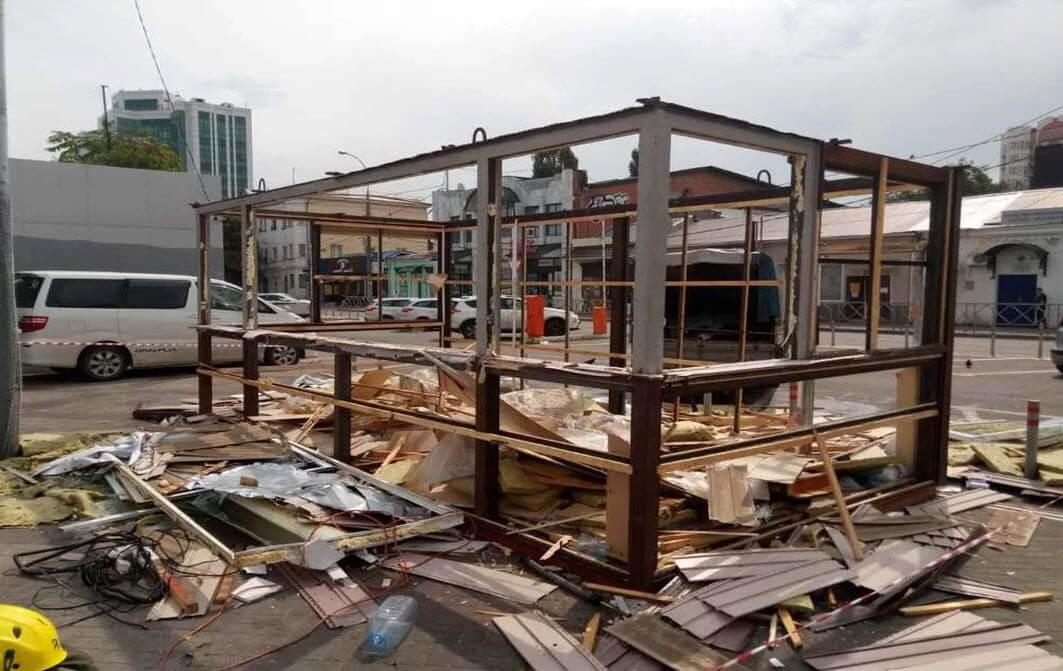 Демонтаж павильонов, ларьков, магазинов, гаражей